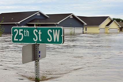 Flooding_in_Minot_Small